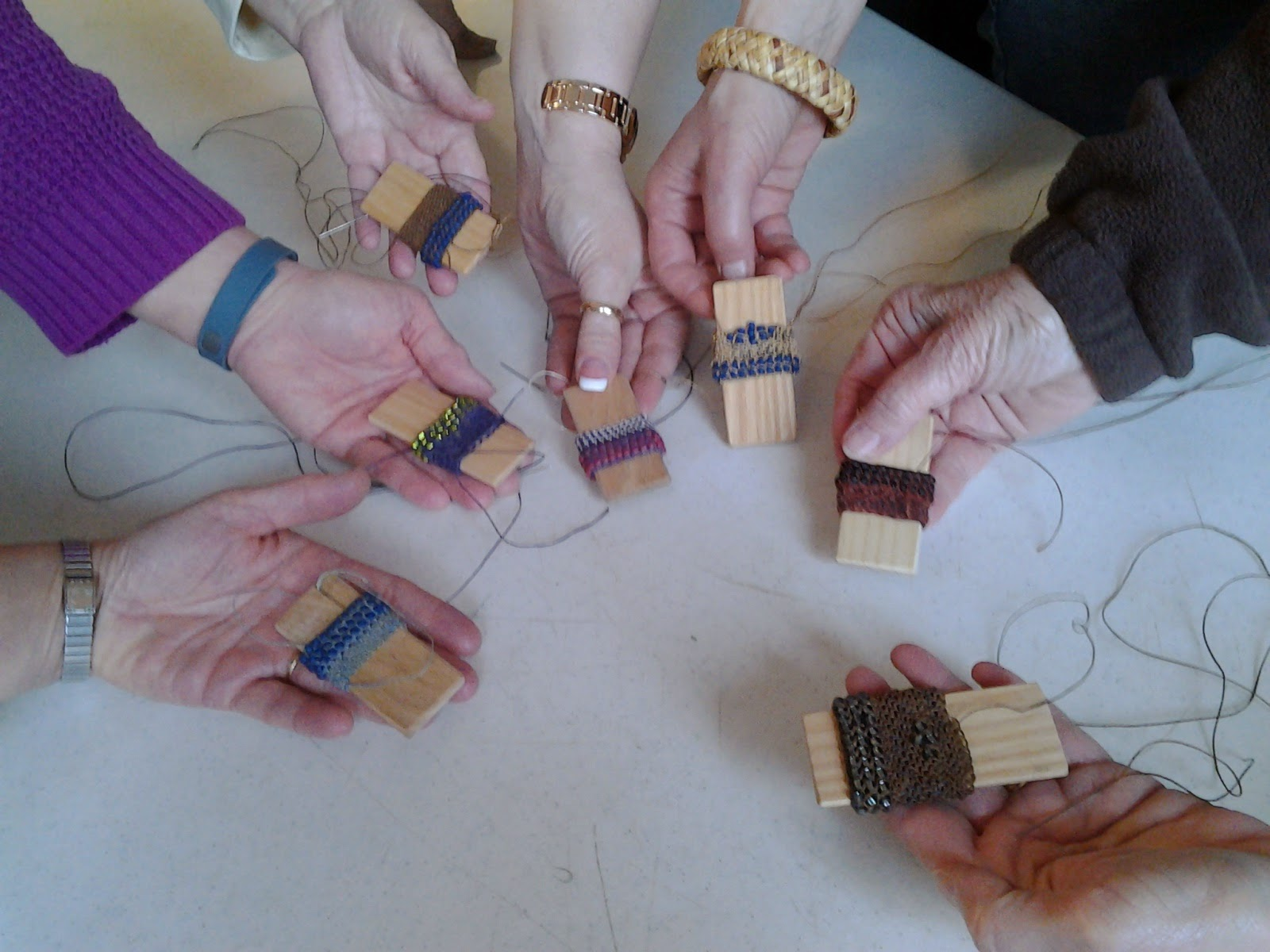 Burundi looping with Donna Kallner workshop students at Wisconsin Weave Away.