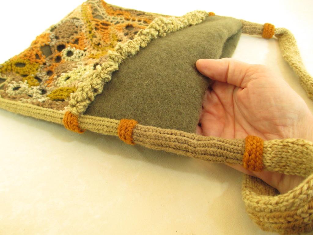 Freeform looping bag by Donna Kallner