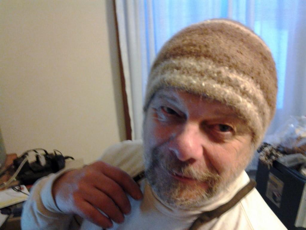Bill Kallner wearing Broden stitch nalbinding hat.