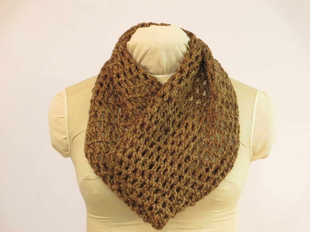 Lace cowl in wool dyed with walnut and willow by Donna Kallner.